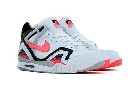 Nike Air Challange